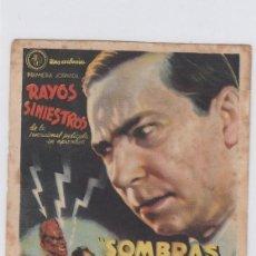Foglietti di film di film antichi di cinema: SOMBRAS DEL BARRIO CHINO. PROGRAMA DE CINE SENCILLO CON PUBLICIDAD. CINE MUNICIPAL. CÁDIZ.. Lote 240630715
