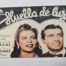 Cine: FOLLETO. HUELLA DE LUZ. ANTONIO CASAL, ISABEL DE POMES. SINOPSIS AL DORSO. INTERFILMS.. Lote 245054125