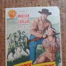 Cine: FOLLETO DE MANO DE LA PELÍCULA LA CARGA DE LOS JINETES INDIOS CON PUBLICIDAD. Lote 253129195