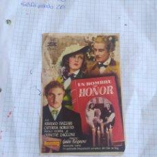 Cine: FOLLETO DE MANO UN HOMBRE DE HONOR CINE MUNDIAL. Lote 254180590