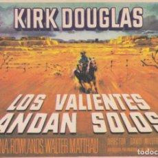 Cine: LOS VALIENTES ANDAN SOLOS .- KIRK DOUGLAS. Lote 255441645