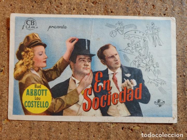 FOLLETO DE MANO DE LA PELICULA EN SOCIEDAD CON PUBLICIDAD (Cine - Folletos de Mano - Comedia)