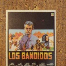 Cine: FOLLETO DE MANO DE LA PELÍCULA LOS BANDIDOS. Lote 257675255
