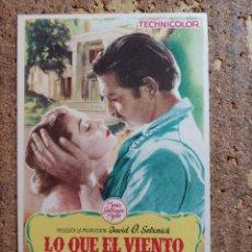 Cine: FOLLETO DE MANO DE LA PELÍCULA LO QUE EL VIENTO SE LLEVÓ CON PUBLICIDAD. Lote 263179070