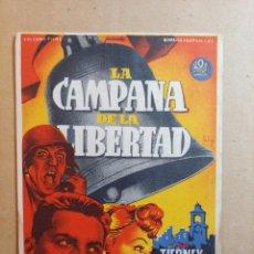 Cine: FOLLETO DE MANO DE LA PELÍCULA LA CAMPANA DE LA LIBERTAD CON PUBLICIDAD. Lote 263625755