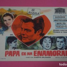 Cine: FOLLETO DE MANO PROGRAMA DE CINE PAPA SE HA ENAMORADO SIN PUBLICIDAD LOTE 85 MIRAR FOTOS. Lote 268598084