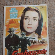 Flyers Publicitaires de films Anciens: FOLLETO DE MANO DE LA PELÍCULA EMBOSCADA. Lote 274679688