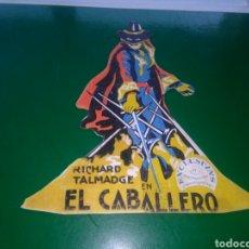 Flyers Publicitaires de films Anciens: ANTIGUO PROGRAMA DE CINE TROQUELADO. EL CABALLERO. AÑOS 20. CINE MUDO. Lote 276024528