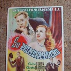 Flyers Publicitaires de films Anciens: FOLLETO DE MANO GIGANTE DE LA PELICULA SU PRIMERA NOCHE. Lote 277050963