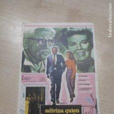 Cine: FOLLETO DE MANO ADIVINA QUIEN VIENE ESTA NOCHE , SPENCER TRACY , 1969. Lote 277096588