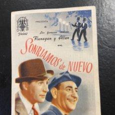 Cine: SONRIAMOS DE NUEVO C/P VINE CORRGIDA LA PELICULA CON PAPEL SUPERPUESTO DE EPOCA RAREZA. Lote 277189318