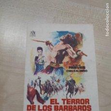 Flyers Publicitaires de films Anciens: FOLLETO DE MANO EL TERROR DE LOS BARBAROS , STEVE REEVES , 1964. Lote 277517763