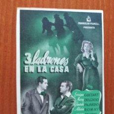 Cine: 3 LADRONES EN LA CASA. Lote 278217133