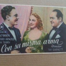 Cine: CON SU MISMA ARMA CON PUBLICIDAD TEATRO VILLAMARTA JEREZ. Lote 278610068