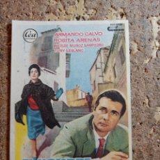 Folhetos de mão de filmes antigos de cinema: FOLLETO DE MANO DE LA PELICULA EL HOMBRE QUE PERDIO EL TREN CON PUBLICIDAD. Lote 283710278