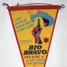 Folhetos de mão de filmes antigos de cinema: RIO BRAVO, CON JOHN WAYNE. BANDERÍN.. Lote 285634178