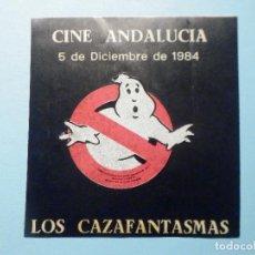 Folhetos de mão de filmes antigos de cinema: PEGATINA POLÍTICA - ADHESIVO - CINE ANDALUCÍA - 5 DE DICIEMBRE LOS CAZAFANTASMAS - 7,5 X 7,5 CM. Lote 285769988