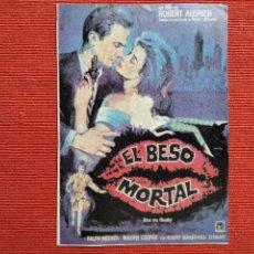 Cine: DOS FOLLETO DE MANO: ANVERSO: EL BESO MORTAL. REVERSO: QUERELLE.. Lote 289303198