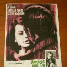 Foglietti di film di film antichi di cinema: AMORES CON UN EXTRAÑO (FILM USA 1963) FOLLETO DE MANO - CINE PICAROL (BADALONA) NATALIE WOOD, QUEEN. Lote 290242723