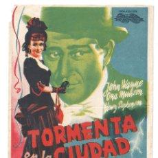 Cine: PTCC 92 TORMENTA EN LA CIUDAD PROGRAMA SENCILLO INTERNACIONAL JOHN WAYNE NO ESTRENADA. Lote 293364623