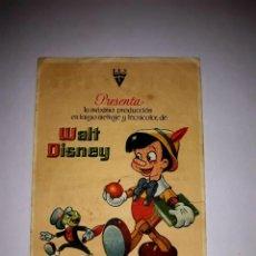 Cine: FOLLETO PINOCHO WALT DISNEY 1940 PUBLICIDAD AL DORSO. Lote 295860058