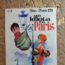Cine: FOLLETO DE MANO DE LA PELICULA UN IDIOTA EN PARIS CON PIBLICIDAD. Lote 296784283