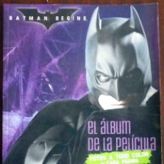 Cine: BATMAN BEGINS - EL ÁLBUM DE LA PELÍCULA - EDICIONES GAVIOTA. Lote 121806959