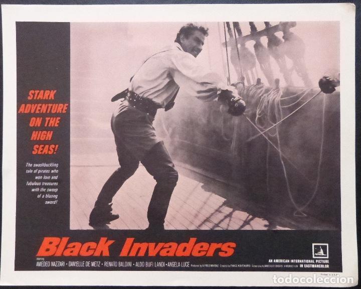TARJETA DE VESTÍBULO DE BLACK INVADERS, AÑO 1962, FRANCO MONTEMURRO -4 (Cine - Foto-Films y Cine-Novelas)