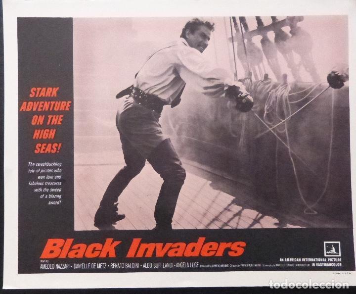 Cine: Tarjeta de vestíbulo de Black Invaders, año 1962, Franco Montemurro -4 - Foto 2 - 222834181