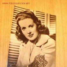 Cine: ANTIGUA FOTOGRAFÍA POSTAL DE LA ACTRIZ - MAUREEN O´HARA - HACIA 1950.. Lote 1278117