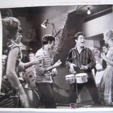Cine: CLIFF RICHARD - FOTO ORIGINAL 20 X 25 CM. Lote 12613854