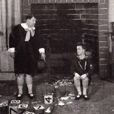 Cine: OLIVER HARDY AND STAN LAUREL IN BRATS JANUARY 1931 PLAIZIER NUEVA SIN CIRCULAR . Lote 30094341