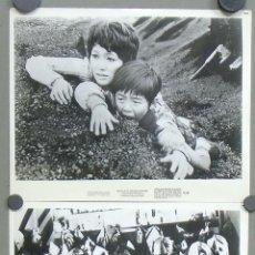 Cine: F9522 GODZILLA VS THE SMOG MONSTER TOHO MONSTRUOS JAPONESES 3 FOTOS ORIGINALES AMERICANAS. Lote 32410167