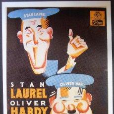 Cinéma: POSTAL SERIE SPANISH POSTERS 15X10,5 CM Nº 262, DOS PARES DE MELLIZOS,LAUREL Y HARDY . Lote 35216283