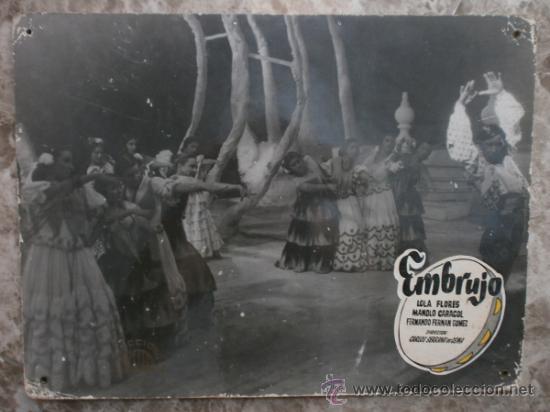 FOTOCROMO CARTON. EMBRUJO. LOLA FLORES, MANOLO CARACOL, FERNANDO FERNAN GOMEZ. (Cine - Fotos, Fotocromos y Postales de Películas)