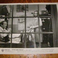 Cine: FOTOGRAFIA ORIGINAL B/N - UP THE DOWN STAIRCASE - CONTRA CORRIENTE - 1967 -. Lote 40254896