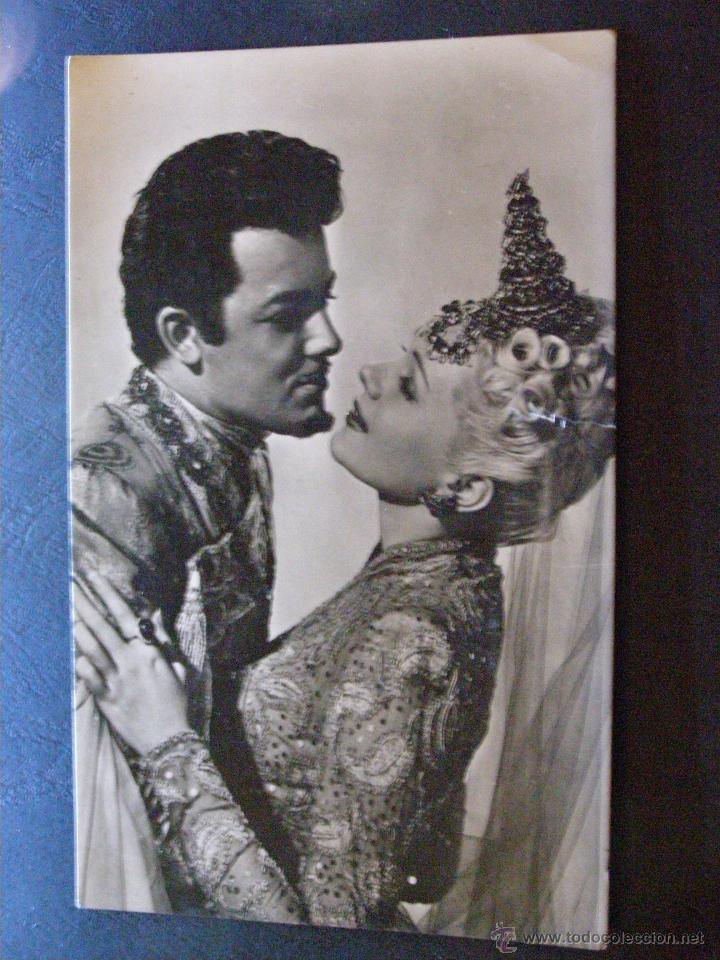 ANTIGUA FOTO-POSTAL - ADELENE JERGENS Y CORNELL WILDE - SIN ESCRIBIR - (Cine - Fotos y Postales de Actores y Actrices)