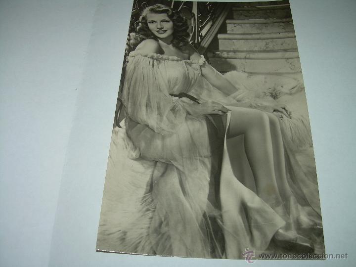 ANTIGUA POSTAL.....RITA HAYWORTH...EN GILDA. (Cine - Fotos y Postales de Actores y Actrices)