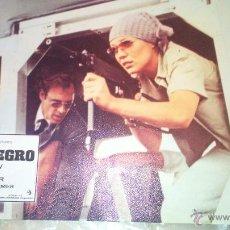 Cinéma: DOMINGO NEGRO JUEGO COMPLETO DE 12 UNIDADES DIFERENTES LOBBY CARDS ROBERT SHAW. Lote 215836386