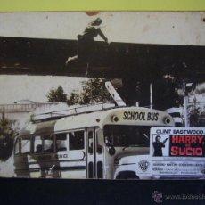 Cine: HARRY EL SUCIO CLINT EASTWOOD FOTOCROMO ORIGINAL DEL ESTRENO EN CARTON DURO (1). Lote 53633469