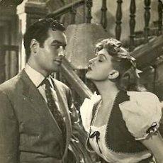 Cine: AMPARO RIVELLES Y JORGE MISTRAL POSTAL EDITADA EN ESPAÑA DEL FILM SABELA DE CAMBADOS . Lote 55806592