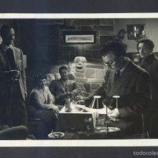 Cine: FOTO ANÓNIMA. PELÍCULA *NIEBLA Y SOL. 1951* MEDS: 117 X 175 MMS. TEXTO AL DORSO.. Lote 57473640