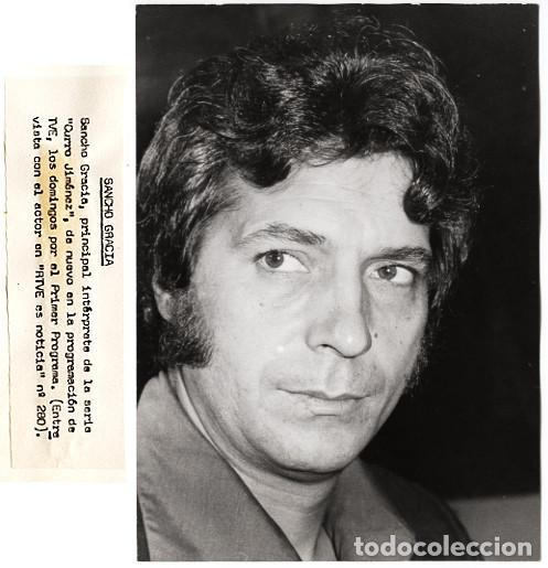 SANCHO GRACIA – 2 FOTOS DE 'CURRO JIMÉNEZ' 1978 - COPIAS VINTAGE (Cine - Fotos, Fotocromos y Postales de Películas)