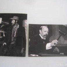 Cinema: INTERESANTE LOTE 2 FOTOS ORIGINALES DE LA PELICULA EL VALLE DE LAS VIUDAS. Lote 62675616