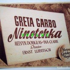 Cine: NINOTCHKA: 12 FOTOS ORIGINALES ESTRENO 1941 + TITULO + SOBRE. Lote 33789629