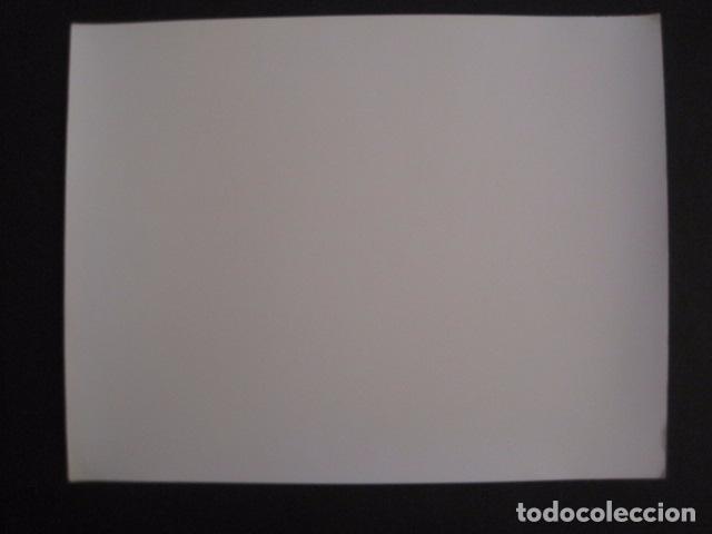 Cine: THE MUDLARK - FOTOGRAFIA ESCENA PELICULA-20 TH. FOX -IRENE DUNN -MIDE 20X25 CM-(V-7750-ESCOJER FOTO) - Foto 3 - 68681849