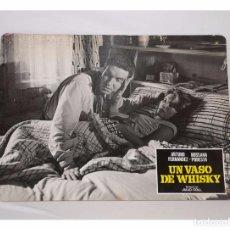 Cinema: UN VASO DE WHISKY - FOTOCROMO DE CARTÓN. Lote 87518179