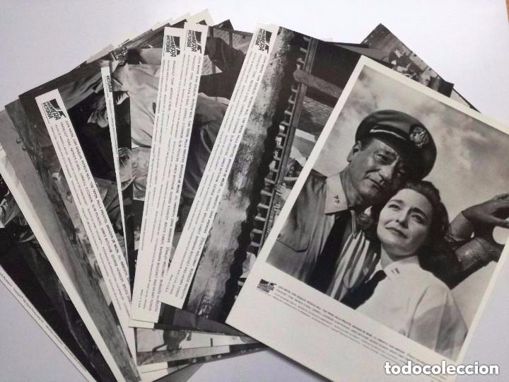 PRIMERA VICTORIA, JOHN WAYNE, KIRK DOUGLAS, PATRICIA NEAL, TOM TYRON, 16 FOTOCROMOS.MADE IN USA (Cine - Fotos, Fotocromos y Postales de Películas)