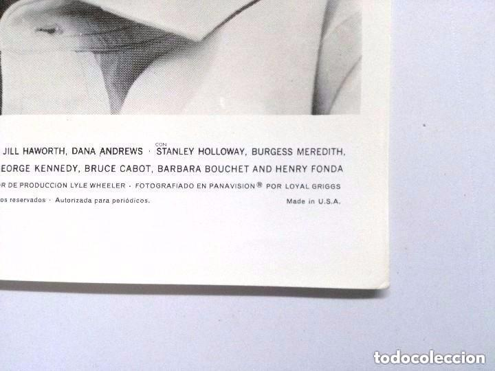 Cine: PRIMERA VICTORIA, JOHN WAYNE, KIRK DOUGLAS, PATRICIA NEAL, TOM TYRON, 16 FOTOCROMOS.MADE IN USA - Foto 19 - 100081283