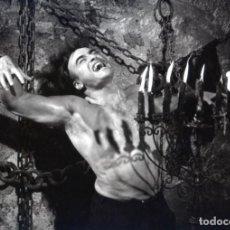 Cine: LA MARCA DEL HOMBRE LOBO PAUL NASCHY 8 FOTOS DE NEGATIVO 20X30 APROXIMADAMENTE INMEJORABLE CALIDAD. Lote 175209453